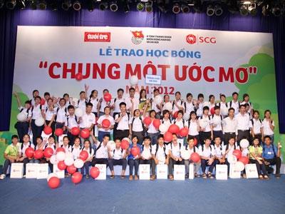 400 suất học bổng Chung một ước mơ