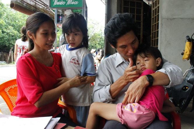 Thêm một vụ trao nhầm con ba năm tại Bình Phước