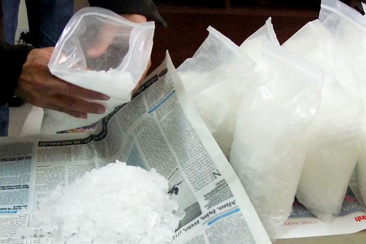 Đóng ma túy vào hộp xà phòng gửi bưu điện sang Úc